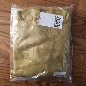 Suburban Riot Tops - NEW Suburban Riot Griffith Hoodie Mustard Yellow